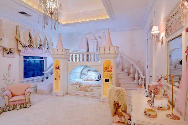 Lit chateau de princesse